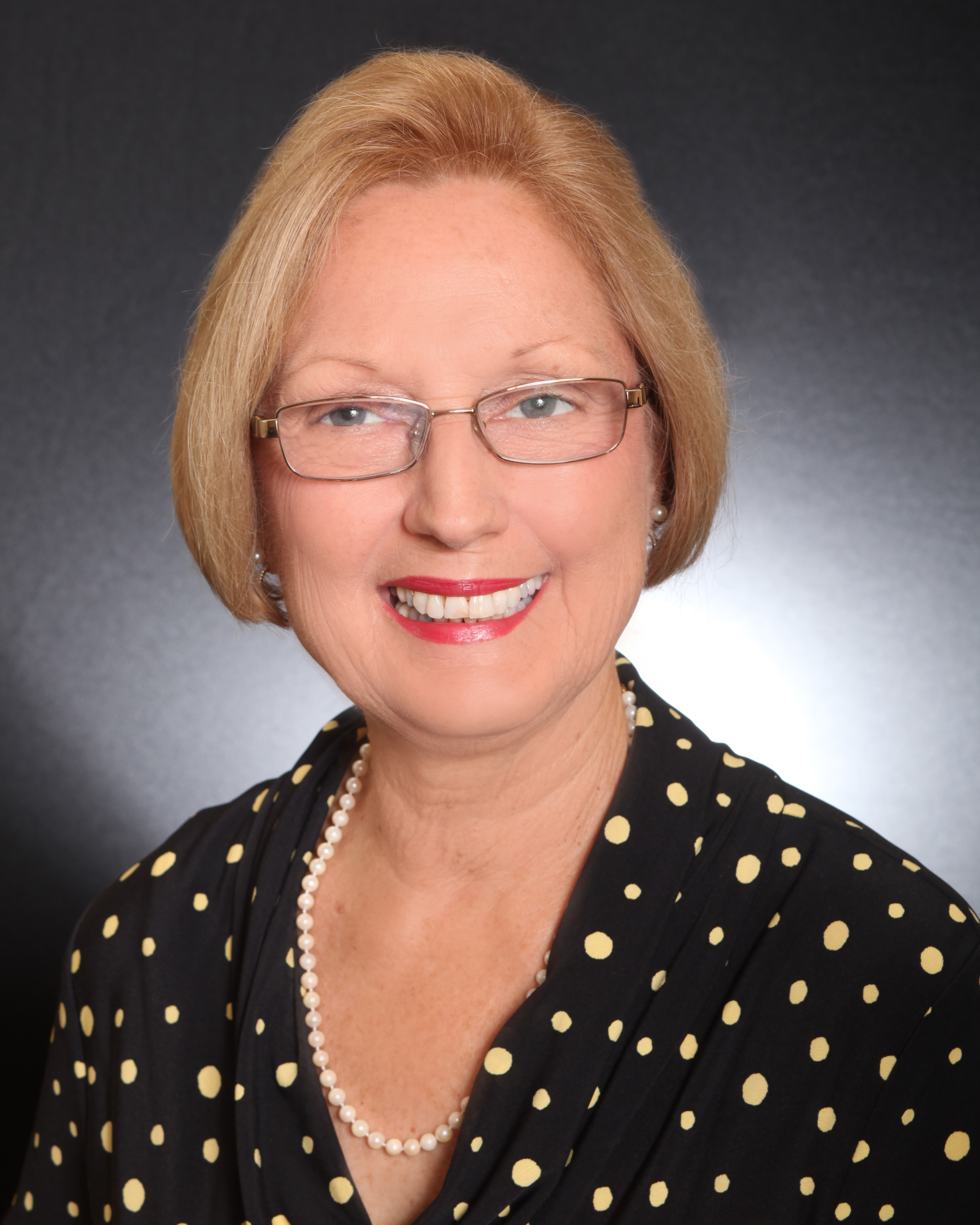 Profile Photo for Cheryl August