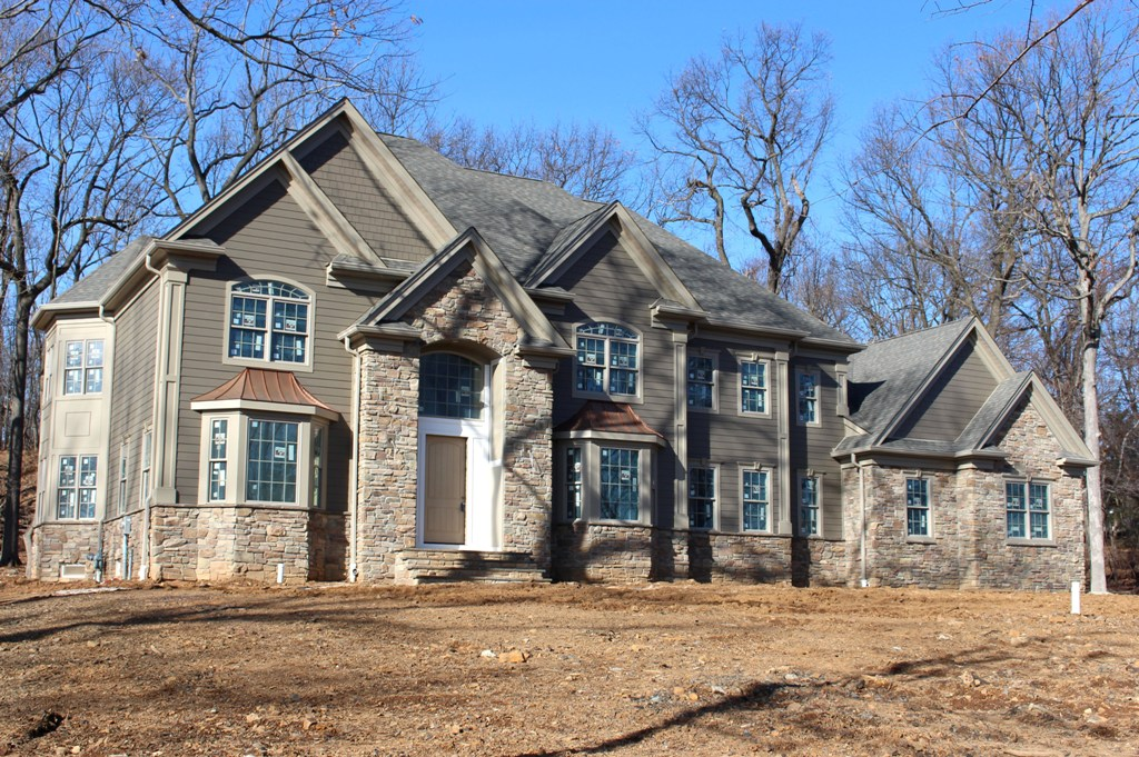 Luxury homes and properties make an impression for New jersey luxury home builders